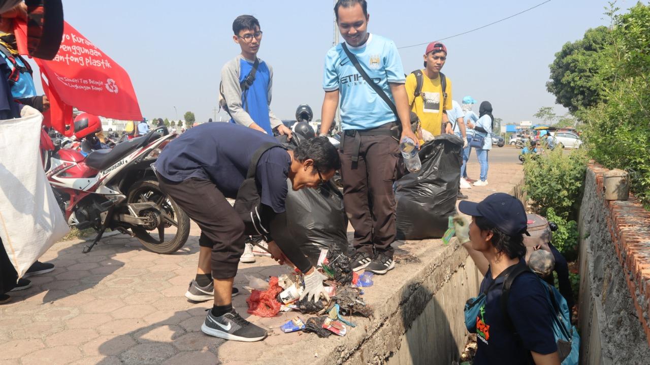 Hari Bersih-Bersih Sedunia 2019 di Seluruh Kecamatan Kabupaten Bogor dan di Pelataran Stadion Pakansari