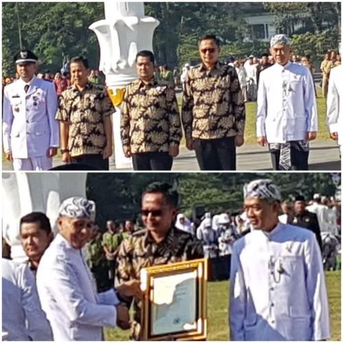 Pemerintah Kecamatan Cileungsi mendapatkan Penghargaan APKB Tahun 2018