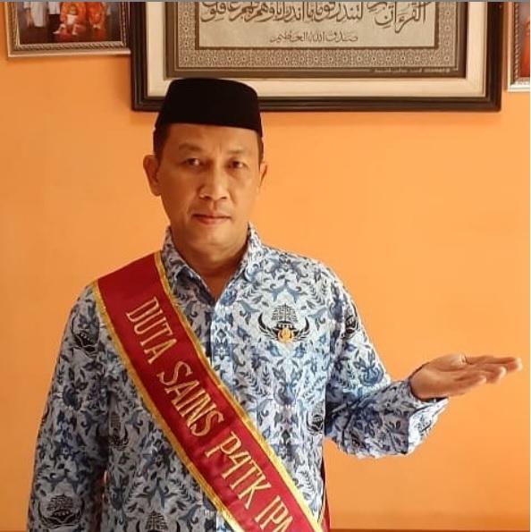 Guru Sains SMPN 3 LEUWILIANG Kab. Bogor Dikukuhkan sebagai DUTA SAINS PPPPTK IPA Bandung 2020