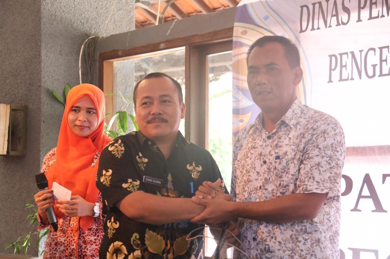 Lepas Felani, DP3AP2KB Sambut Icang Sebagai Sekretaris Baru
