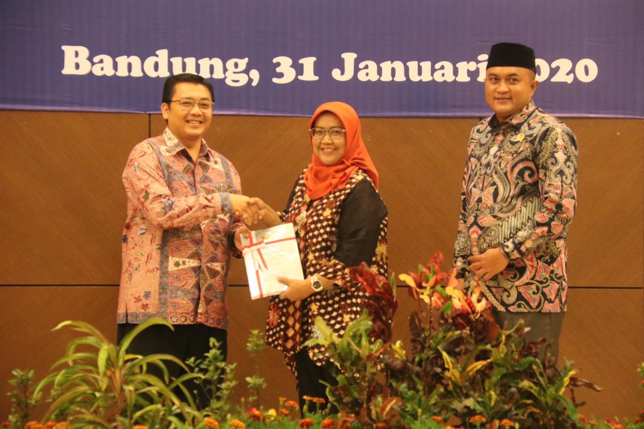 Bupati Bogor Hadiri Penyerahan LHP Kepatuhan Atas Belanja Daerah Terkait Infrastruktur Tahun 2019