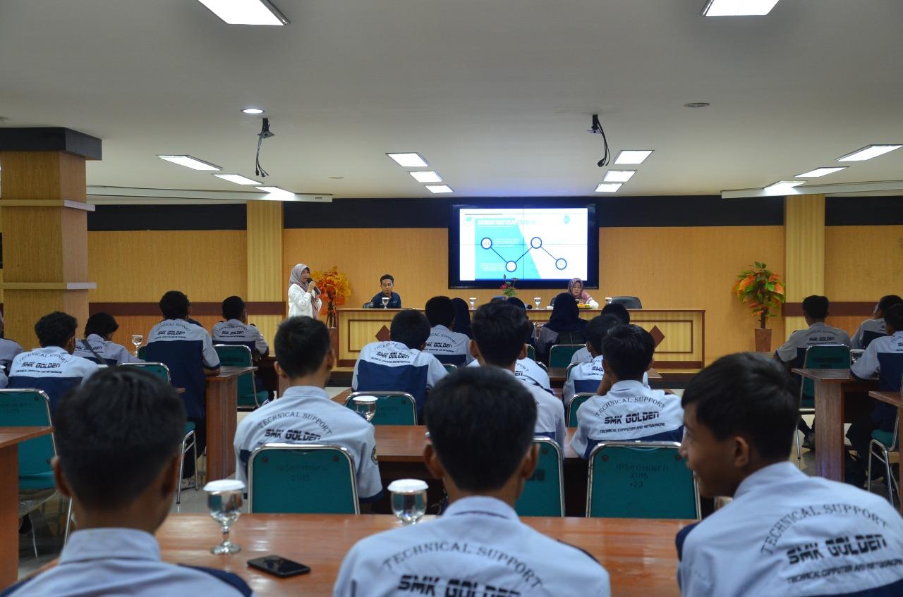Tingkatkan Kemampuan  IT Puluhan Siswa SMK Golden Rancabungur  Belajar IT ke Diskominfo Kabupaten Bogor