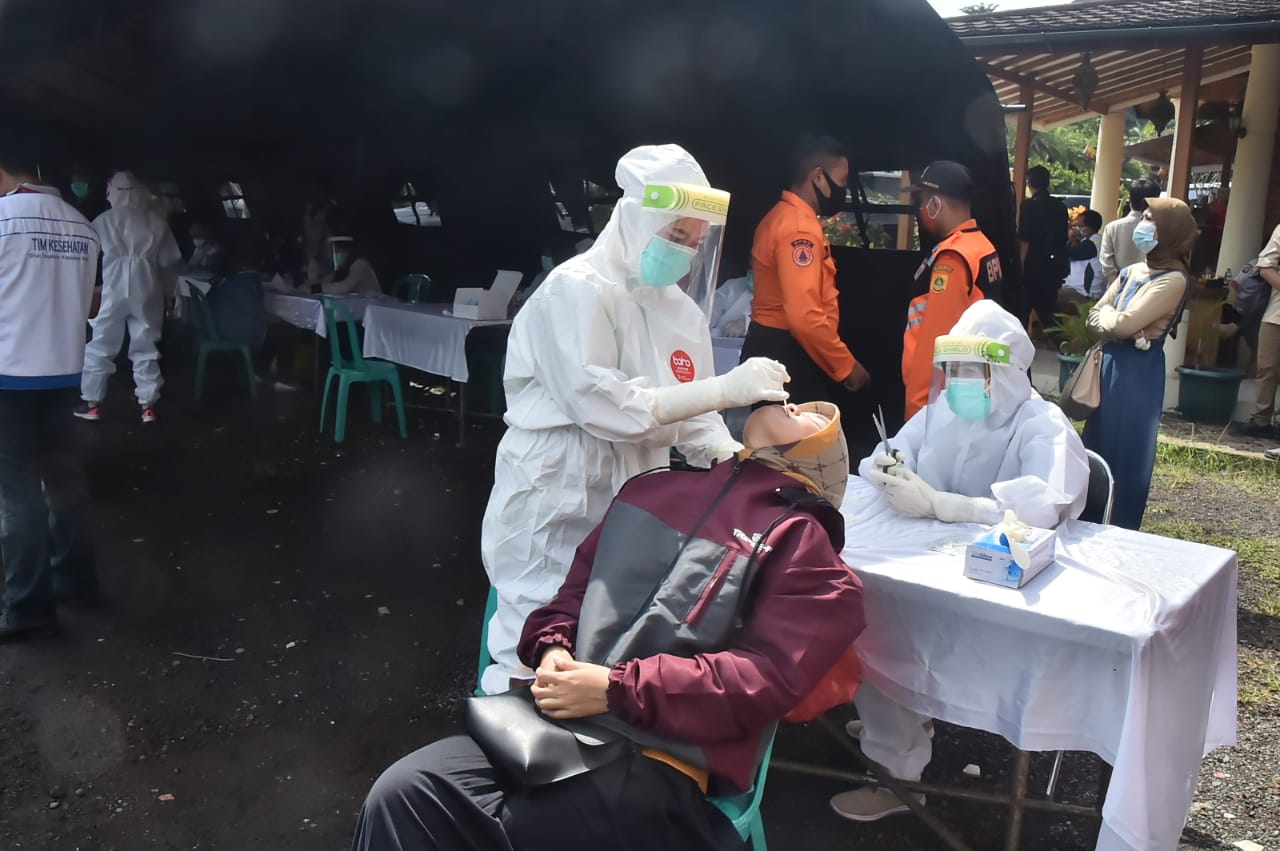 50 Wisatawan Puncak Bogor Reaktif Covid-19
