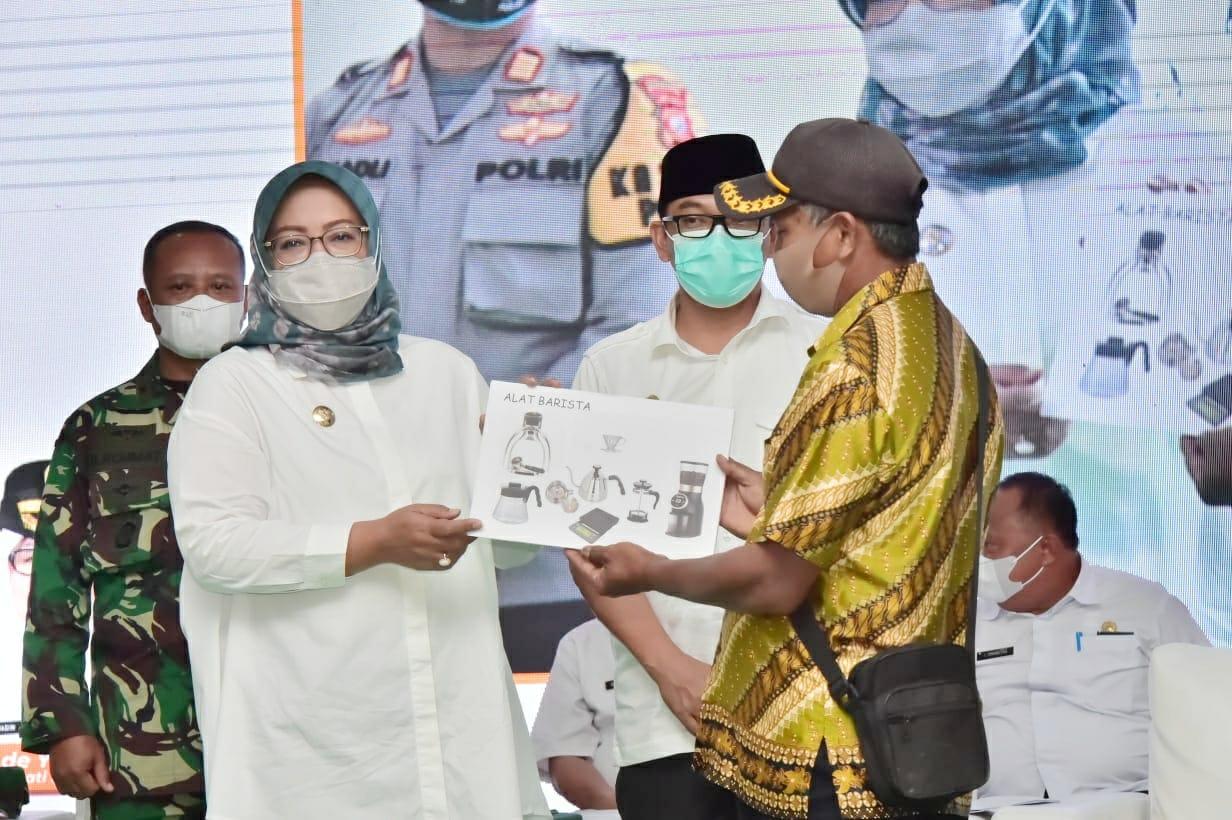 Ade Yasin : Klapanunggal Bisa Jadi Sentra Produksi Kopi di Bogor Timur