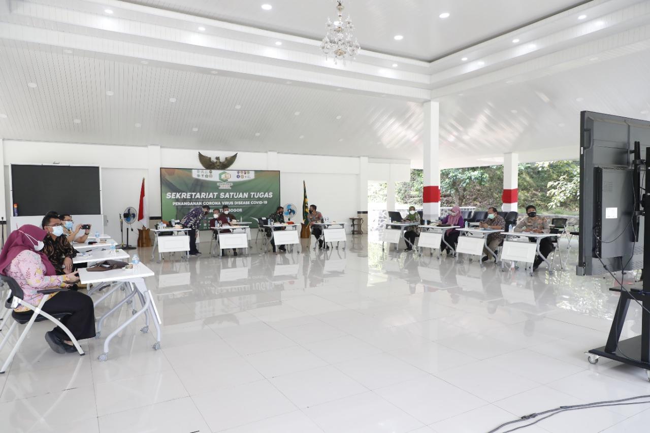 Pemkab Bogor ikuti Rakor Komite Kebijakan Penanganan Covid-19 dan Pemulihan Ekonomi Daerah di Jawa Barat secara virtual dengan Gubernur Jawa Barat