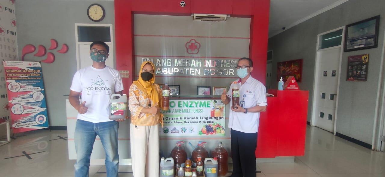 PMI Kabupaten Bogor Terima Bantuan 74 ribu liter cairan Exoenzym dari Komunitas eco enzyme Kabupaten Bogor