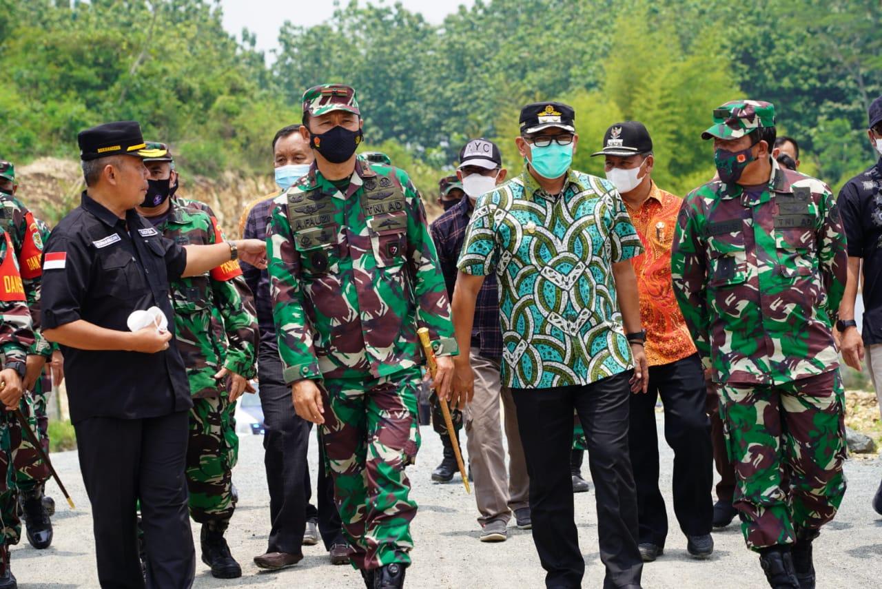 Wakil Bupati Bogor Tinjau Hasil Kegiatan TMMD 112 Di Klapanunggal