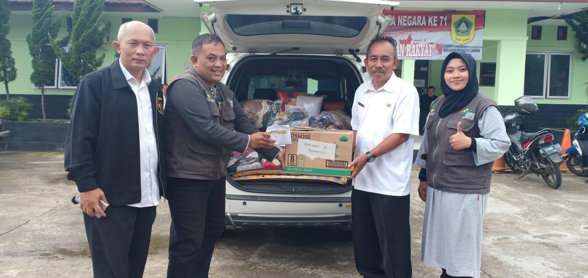 Pemberian Bantuan Untuk Daerah Yang Terkena Bencana Banjir dan Tanah Longsor