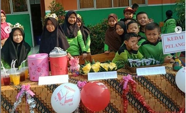 Berikan Wawasan Kewirausahaan. SDN Parung Tanjung 01, Gelar Market Day