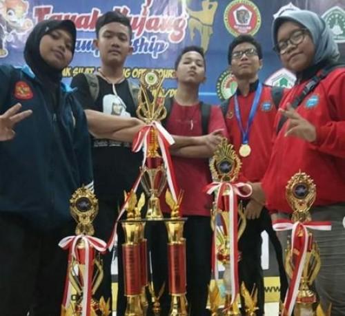 SMP PGRI 1 CIBINONG RAIH JUARA DI TANAH KUJANG CHAMPION 2019