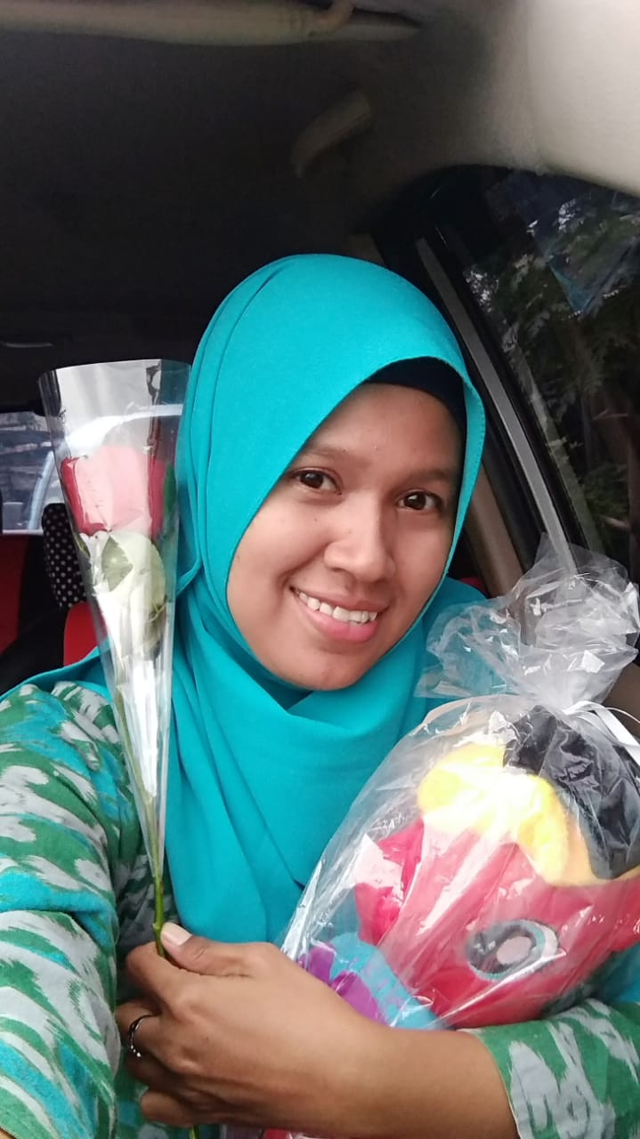 """Cerpen Guru SMPN 1 Tanjungsari """"JINGGA SAAT SENJA"""""""