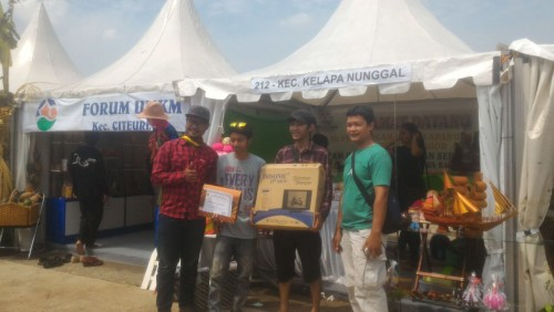 Juara 2 Stand UMKM Klapanunggal pada Peringatan Hari Pangan Sedunia Tk Provinsi